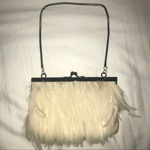 SO SOPHISTICATED! Vintage white feather purse!